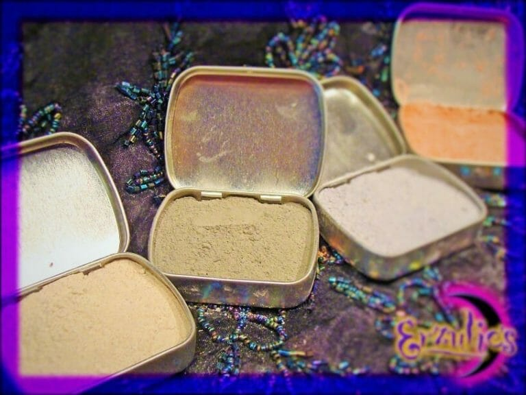 "For Court Spells ~ Viktwa"" Rare Vodou Powder"""